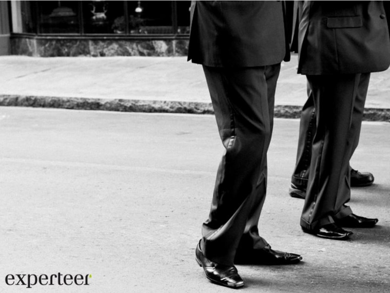 4 Ways Networking Can Advance Your Career