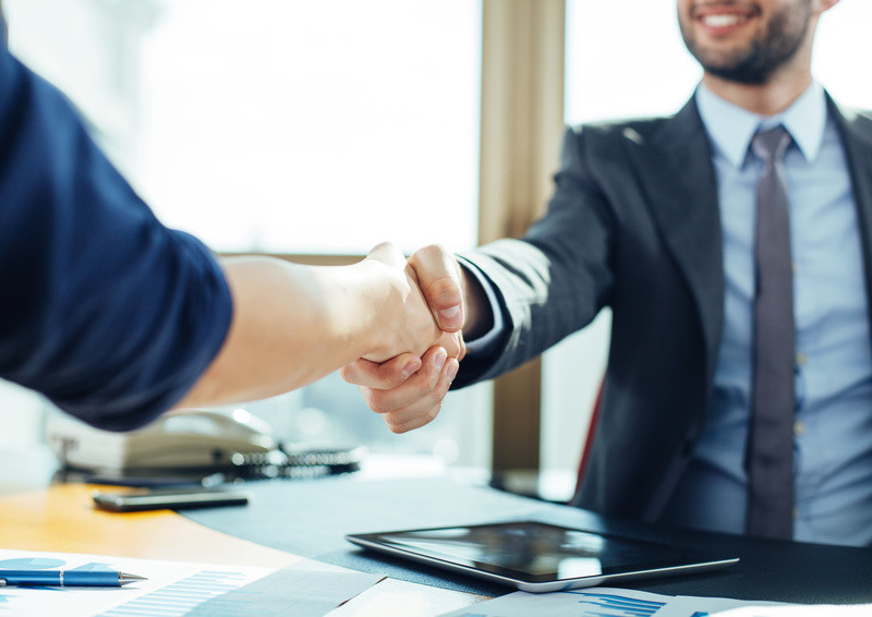 5 ways to build relationships with executive recruiters
